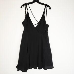 NWT Forever 21 Black Deep V Strappy Mini Dress L